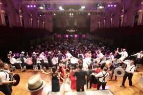 CDARZ Entertainment at Town Hall, Sydney